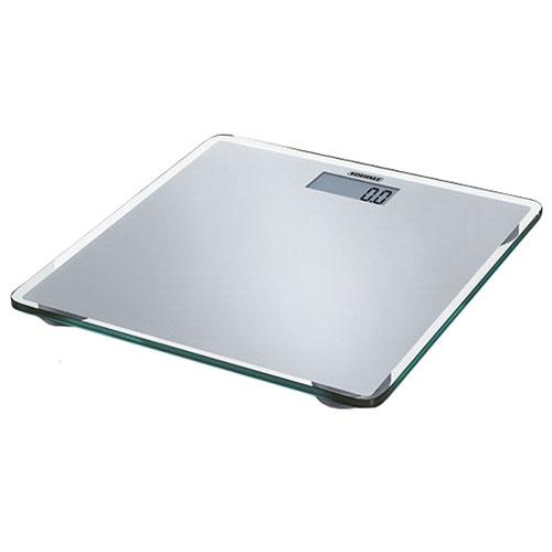 Весы напольные электронные Slim Design, цвет: серебристый63538Ультраплоские персональные весы высотой всего 18 мм, выполненные из элегантного серебристого лакированного стекла - это очаровательный элемент дизайна вашей ванной. Особенности: Функция автоматического включения / выключения - взвешивание начинается сразу после вставания на весы. При неиспользовании прибор автоматически отключается по истечении некоторого времени. Хорошо читаемые цифры большого ЖК-индикатора (28 мм). Очень высокая степень устойчивости благодаря плоской конструкции и большой рабочей поверхности. Высокая точность взвешивания (цена деления 100г) благодаря использованию сенсорной технологии (4 встроенных сенсора). Высокий предел взвешивания (150 кг). Возможность переключения на Стоун / Фунт. Стойкость электроники к воздействию влаги гарантирует точность взвешивания. Характеристики: Материал: стекло, сталь. Максимальный вес: 150 кг. Размер шага: 100 г. Цвет: ...