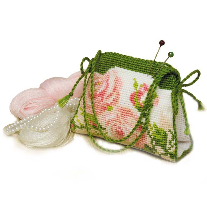 Набор для вышивания игольницы-сумочки