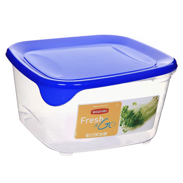 Контейнер для СВЧ, холодильника Curver Fresh & Go 1,2 л 00560-139-01D 00560Контейнер Fresh & Go квадратной формы предназначен специально для хранения пищевых продуктов. Крышка легко открывается и плотно закрывается. Устойчив к воздействию масел и жиров, легко моется (можно мыть в посудомоечной машине). Прозрачные стенки позволяют видеть содержимое. Контейнер можно использовать при температурах от -40°С до +100°С. Контейнер необыкновенно удобен: в нем можно брать еду на работу, за город, ребенку в школу. Именно поэтому подобные контейнеры обретают все большую популярность.