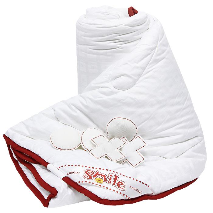 Одеяло Добрый Смайл, 140 х 205 смКС21-3-3Одеяло Добрый Смайл станет незаменимым атрибутом спальни. Стеганый чехол, выполненный из поликоттона, сохраняет тепло, рассеивает лишнюю влагу, что создает идеальные условия для сна. Одеяло практично и долговечно, за ним легко ухаживать и можно стирать в домашних условиях. Одеяло Добрый Смайл обеспечит комфортный сон для вас и ваших близких! В комплект входят 5 мягких крестиков и 5 ноликов. Характеристики: Материал чехла: поликоттон. Материал наполнителя: полиэфирное силиконизированное волокно. Размер: 140 см х 205 см. Изготовитель: Россия. Артикул: КС21-3-3. Степень теплоты: 3. На сегодняшний день Kariguz является одним из самых успешных российских производителей постельных принадлежностей. В своей работе компания ориентируется на высочайшие европейские стандарты качества, успешно применяя самые передовые технологии и разработки как...