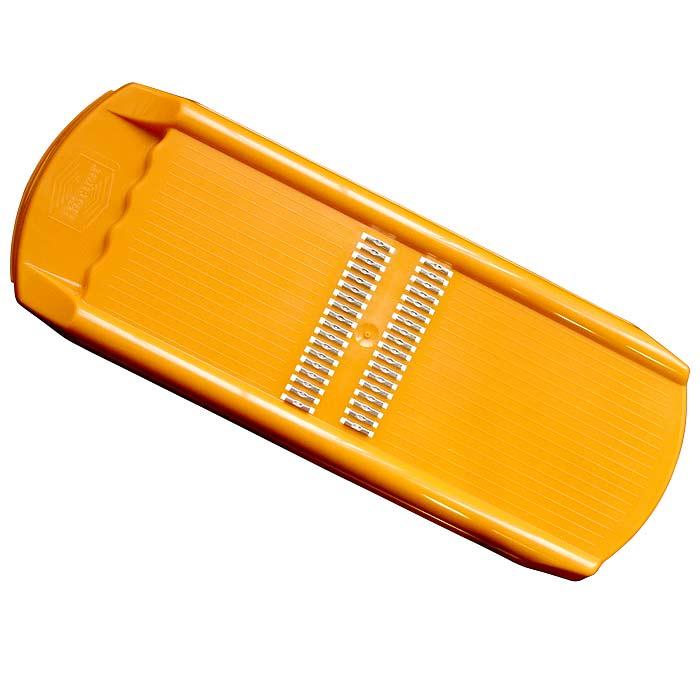 Роко-терка Borner Trend для корейской моркови, цвет: оранжевый 110/2110/2Овощерезка Borner Trendбудет отличным помощником на вашей кухне, особенно для любителей моркови по-корейски. Эта овощерезка имеет ударопрочный пластмассовый корпус с острыми нержавеющими ножами, заточенными с двух сторон. Виды нарезки: тонкая длинная соломка из овощей; тонкая короткая соломка; мелкая крошка; мелкая стружка.