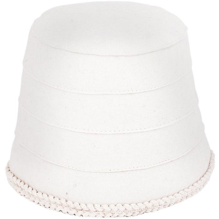 Шапка для бани и сауны Onni (Онни), цвет: белый, размер M. 139139Изысканная утонченность шапок Onni (Онни) из натурального фетра, радует идеальной выделкой шерсти, делая их удивительно гигроскопичными, защищает от высоких температур в парной. Особые дизайнерские находки нашли свое воплощение в необычном крое и высокой комфортности изделий. Характеристики: Материал: фетр. Максимальный обхват головы (по основанию шапки): 70 см. Общая высота шапки: 18 см. Цвет: бежевый. Производитель: Россия. Артикул: 139.