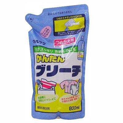 Отбеливатель для одежды, сменная упаковка, 800 мл300407Отбеливатель для одежды эффективно выводит пятна, убирает желтизну. А также отбеливает пятна от кофе, черного чая, фруктового сока, приправ. Применяется для отбеливания воротничков, манжет, носков. Характеристики: Объем: 800 мл. Производитель: Япония.