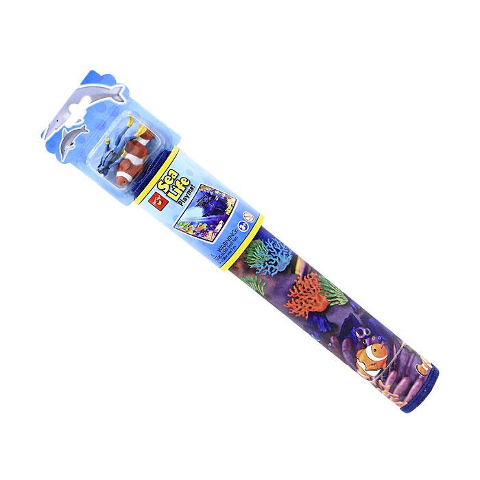 Игровой коврик Sea LifeA1378XXИгровой коврик Sea Life, непременно займет внимание вашего ребенка и станет для него любимой игрушкой. Коврик оформлен изображением морских глубин и рыбок. В комплект с ковриком входят фигурки аквалангиста и рыбки. Ребенок сможет часами играть с ковриком, придумывая различные истории. Порадуйте своего малыша таким замечательным подарком! Характеристики: Материал: пластик, полиэстер. Размер коврика: 43 см x 30,5 см. Размер фигурки аквалангиста: 6,5 см x 2 см x 1,5 см. Размер рыбки: 6 см x 2 см x 1,5 см. Размер упаковки: 9,5 см x 21 см x 6 см. Изготовитель: Китай.