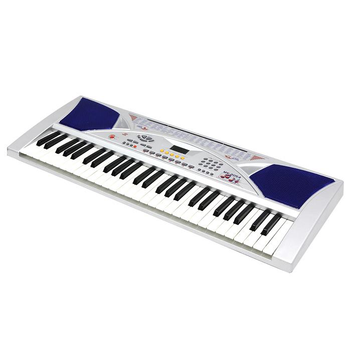 Синтезатор DoReMi, 54 клавиши, с микрофономD-00001Яркий синтезатор DoReMi привлечет внимание малыша и доставит ему много удовольствия от часов, посвященных игре с ним. Синтезатор имеет 54 музыкальных клавиши и множество кнопок, позволяющих добавлять различные звуковые эффекты при составлении мелодий, менять темп и ритм музыки: 100 тембров, 100 ритмов, 8 видов ударных, 16 уровней темпа, 16 уровней управления громкостью. На синтезаторе можно составить собственные мелодии, записать их и прослушать. В комплект с синтезатором входит микрофон, адаптер и подставка для нот. С помощью этого синтезатора ребенок сможет развить свои музыкальные способности и порадовать друзей и близких великолепным концертом. Порадуйте его таким замечательным подарком! Синтезатор может работать от сетевого адаптера или от 6 батареек типа АА.