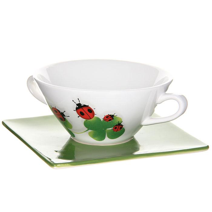 Суповая чашка на блюдце Божья коровкаINF-OH428-L-ALСуповая чашка Божья коровка, изготовленная из керамики, предназначена для порционной подачи супов, бульонов, гуляшей и прочих первых блюд. Чашка оформлена оригинальным рисунком божьей коровки и лепесточков. В комплект с чашкой входит блюдце-подставка. Суповая чашка Божья коровка украсит ваш обеденный стол и привнесет в интерьер уют. Чашка для супа также может стать великолепным подарком для родственников или друзей.
