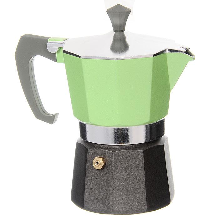 Кофеварка-эспрессо Vitesse на 3 чашки, цвет: зеленыйVS-2604Теперь и дома вы сможете насладиться великолепным эспрессо благодаря кофеварке Vitesse, которая позволит вам приготовить ароматный напиток на 3 персоны. Новый стильный дизайн компактной кофеварки станет ярким элементом интерьера вашего дома! Корпус кофеварки изготовлен из высококачественного алюминия, ручка - жаропрочная бакелитовая. Кофеварка состоит из двух соединенных между собой емкостей. В нижнюю емкость наливается вода, в эту же емкость устанавливается фильтр-сифон, в который засыпается кофе. К нижней емкости прикручивается верхняя емкость, после чего кофеварка ставится на электроплитку, и через несколько минут кофе начинает брызгать в верхний контейнер и осаждаться. Кофе получается крепкий и насыщенный. Инструкция по эксплуатации кофеварки прилагается. Можно мыть в посудомоечной машине.