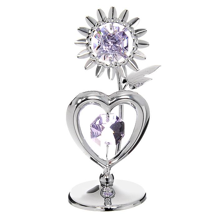 Миниатюра Подсолнух с сердцем, цвет: серебристый, 7,5 смU0174-001-CVLМиниатюра Подсолнух с сердцем серебристого цвета, станет необычным аксессуаром для вашего интерьера и создаст незабываемую атмосферу. Кристаллы, украшающие сувенир, носят громкое имя Swarovski. Ограненные, как бриллианты, кристаллы блистают сотнями тысяч различных оттенков. Эта очаровательная вещь послужит отличным подарком близкому человеку, родственнику или другу, а также подарит приятные мгновения и окунет Вас в лучшие воспоминания. Характеристики: Материал: металл, австрийские кристаллы. Высота миниатюры: 7,5 см. Цвет: серебристый. Размер упаковки: 6,5 см х 9 см х 4,5 см. Изготовитель: Китай. Артикул: U0174-001-CVL. Более чем 30 лет назад компания Crystocraft выросла из ведущего производителя в перспективную торговую марку, которая задает тенденцию благодаря безупречному чувству красоты и стиля. Компания создает изящные, качественные, яркие сувениры, декорированные кристаллами Swarovski различных размеров и оттенков,...