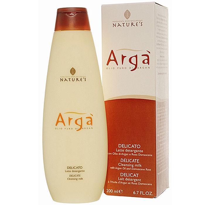 Молочко очищающее Natures Arga, деликатное, 200 мл60150101Очищающее молочко Natures Arga для ежедневного ухода за кожей лица, шеи, области декольте и глаз содержит аргановое масло, богатое ненасыщенными жирными кислотами и антиоксидантными веществами. Питает, увлажняет, замедляет процесс преждевременного старения кожи, потери упругости и эластичности. Гарантирует мягкость и отсутствие стянутости кожи, обладает тонизирующими свойствами. Идеально подходит для снятия макияжа. Особенно рекомендуется для обезвоженной кожи. Способ применения: нанести легкими массажными движениями пальцев рук или с помощью мягкого спонжа на предварительно очищенную кожу лица. Затем смыть теплой водой. Характеристики: Объем: 200 мл. Производитель: Италия. Артикул: 60150101. Товар сертифицирован.