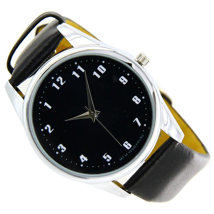 Часы Mitya Veselkov Обратный циферблат черный. MV-014MV-014Наручные часы Mitya Veselkov Обратный циферблат созданы для современных людей, которые стремятся выделиться из толпы и подчеркнуть свою индивидуальность. Часы оснащены японским кварцевым механизмом. Ремешок выполнен из натуральной кожи черного цвета, корпус изготовлен из стали серебристого цвета. Циферблат черного цвета оформлен арабскими цифрами в обратном расположении. Стрелки движутся в обычном направлении.