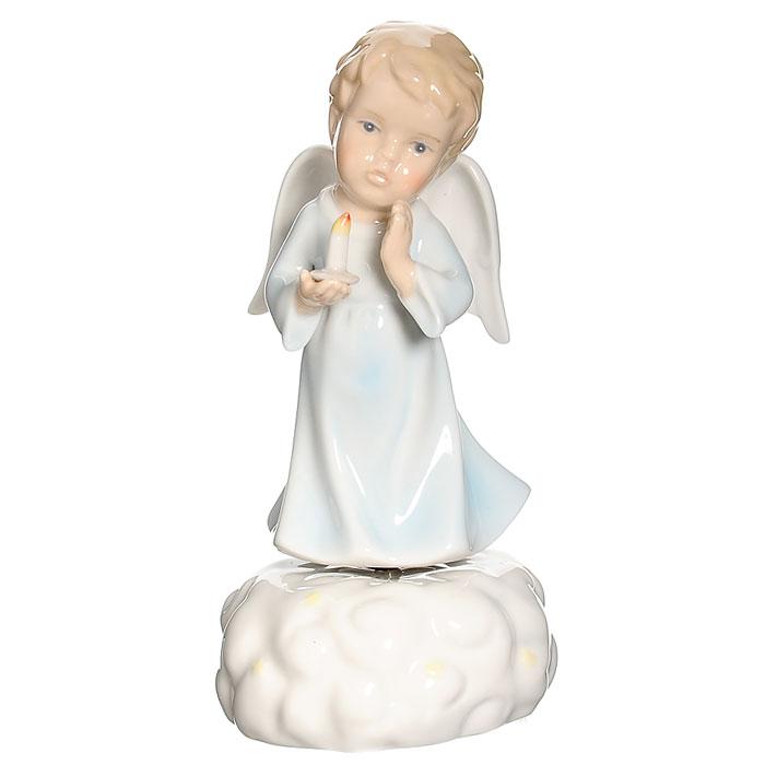 Статуэтка музыкальная Ангелочек, цвет: нежно-голубой, 16,5 смN-PB0861-ALОчаровательная музыкальная статуэтка Ангелочек послужит прекрасным дополнением к интерьеру детской. Статуэтка выполнена из фарфора и оформлена в нежно-голубом цвете в виде ангелочка, держащего в руке свечку. Прикрутите фигурку ангелочка к основанию, поверните основание против часовой стрелки и вы услышите приятную мелодию. Симпатичная музыкальная статуэтка может стать оригинальным подарком для всех любителей стильных вещей.