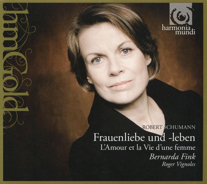 Издание содержит 44-страничный буклет с фотографиями, текстом произведений и дополнительной информацией на французском, английском и немецком языках.