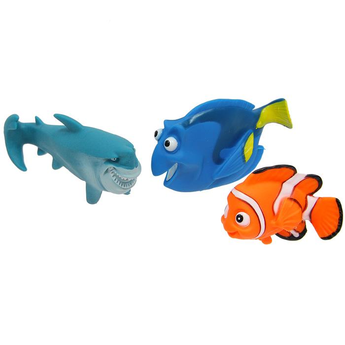 Набор игрушек для купания Немо, 3 шт105R-NEMOЯркий набор для купания Немо, выполненный из ПВХ, бесспорно порадует любого малыша. Герои любимого мультфильма привлекут внимание ребенка и помогут весело провести время. Набор состоит из 3 игрушек: Немо, Глории и акулы. Для детей эта игрушка - большое водяное удовольствие, которое снимает страх перед купанием и стимулирует все органы чувств.