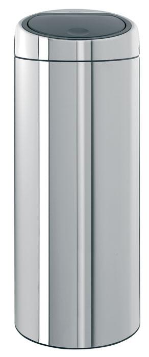 Бак мусорный Brabantia Touch Bin, цвет: стальной, 30 л287367Стильный Touch Bin на 30 литров – непременный атрибут каждой гостиной или кухни. Порадуйте себя и удивите гостей! Бесшумное открывание/закрывание крышки легким касанием – система soft touch; Удобная смена мешков для мусора – съемный блок крышки из нержавеющей стали; Удобная очистка – съемное внутреннее ведро из пластика с вентиляционными отверстиями, предотвращающими образование вакуума при вынимании полного мусорного мешка; Легкое перемещение с места на место – прочная ручка для переноски; Предохранение пола от повреждений – пластиковый защитный обод; Бак изготовлен из коррозионно-стойких материалов – долговечность и удобство в очистке; Всегда опрятный вид – идеально подходящие по размеру мешки для мусора с завязками (размер C); 10-летняя гарантия Brabantia. Цвет: стальной полированный