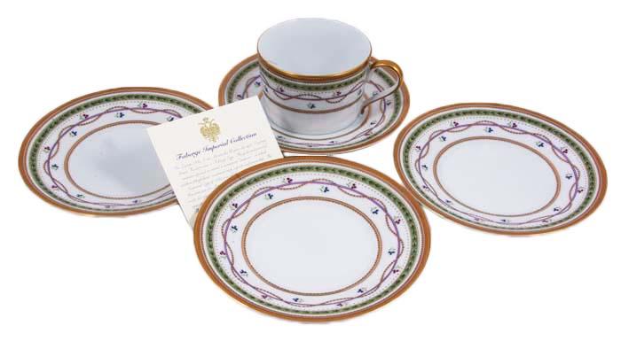 Чайный набор из 5 предметов Люксембург. Фарфор, цветная надглазурная печать, золочение. Фаберже, 1990-е гг