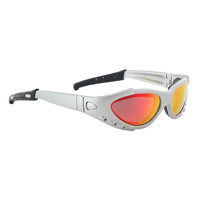 Солнцезащитные очки Real Kids Shades, цвет: серебристый, 7-12 лет712XTRCVSLVRДетские солнцезащитные очки Real Kids Shades для активных детей надежно защитят глазки вашего ребенка от пыли, ветра, дождя и, конечно, от солнца. Оправа изготовлена из высокотехнологичного, ультра легкого и ультра прочного полимера Xylex для комфортного ношения очков в течение всего дня. Профессиональные, широкоугольные, поликарбонатные линзы, небьющиеся и ударопрочные, с ультрасовременным покрытием Revo, обеспечивают максимальную защиту глаз от яркого солнца зимой и летом. Технология Revo изначально разработана NASA для линз, используемых в спутниках, обеспечивает самую высокую защиту от вредного ультрафиолетового и инфракрасного излучения, и синего света. Очень тонкий фильтр блокирует все отражении, идущие от светлых, отражающих поверхностей, такие как вода, снег, солнечная дорога. Таким образом, цвета, которые видит ваш ребенок, не искажаются отражениями, а глаза защищены, расслаблены и эффективны. Благодаря специальной системе вентиляции не запотевают...
