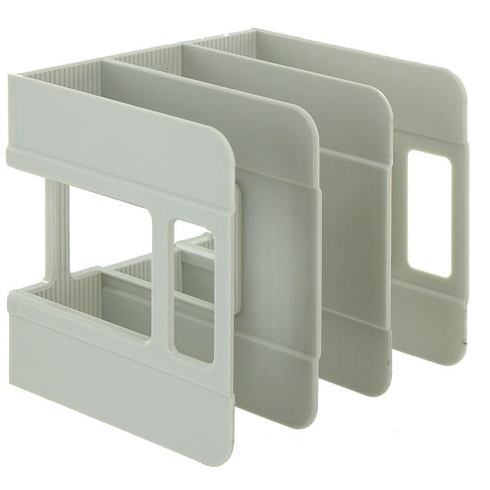 Подставка для бумаг вертикальная Erich Krause Techno, цвет: серый17668Классическая вертикальная подставка для бумаг Techno - незаменимый атрибут рабочего стола. Подставка выполнена из высококачественного серого пластика, имеет 3 отделения для хранения бумаг. С подставкой Techno ваши бумаги всегда будут у вас под рукой. Характеристики: Размер подставки: 18 см x 19 см x 18 см. Изготовитель: Россия.