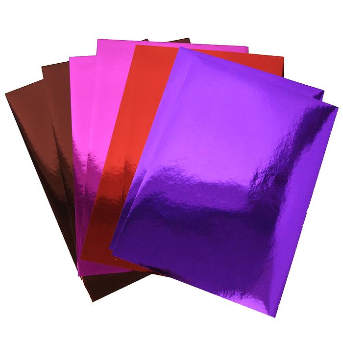 Набор цветной металлизированной бумаги Fancy, 8 листов. FD010020FD010020Набор цветной металлизированной самоклеющейся бумаги Fancy прекрасно подходит для изготовления эксклюзивных подарков, открыток и многого другого. Детали, вырезанные из такой бумаги, эффектно смотрятся на открытках, аппликациях и других всевозможных поделках. В набор входит металлизированная бумага фиолетового, красного, коричневого и розового цветов. Работа с набором развивает мелкую моторику, усидчивость и формирует художественный вкус.
