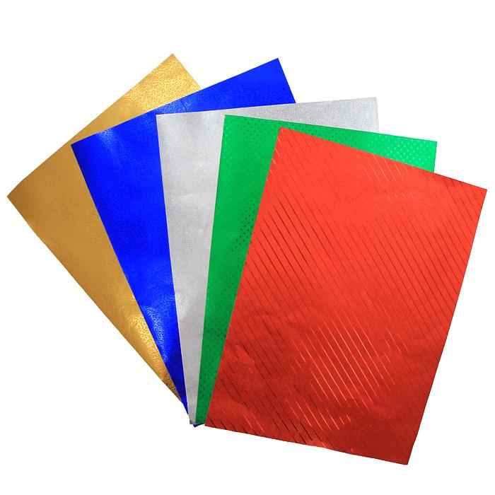 Цветная фольгированная бумага Fancy, 5 цветовFD010015Набор цветной фольгированной бумаги Fancy прекрасно подходит для изготовления эксклюзивных подарков, открыток и многого другого. Детали, вырезанные из такой бумаги, эффектно смотрятся на открытках, аппликациях и других всевозможных поделках. В набор входит фольгированная бумага с тиснением красного, зеленого, синего, серебристого и желтого цветов. Работа с набором развивает мелкую моторику, усидчивость и формирует художественный вкус. Характеристики: Формат: A4.