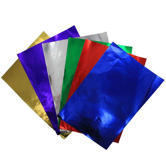 Цветная фольгированная бумага Fancy, 6 цветовFD010014Набор цветной фольгированной бумаги Fancy прекрасно подходит для изготовления эксклюзивных подарков, открыток и многого другого. Детали, вырезанные из такой бумаги, эффектно смотрятся на открытках, аппликациях и других всевозможных поделках. В набор входит фольгированная бумага красного, зеленого, серебристого, фиолетового, желтого и синего цветов. Работа с набором развивает мелкую моторику, усидчивость и формирует художественный вкус.