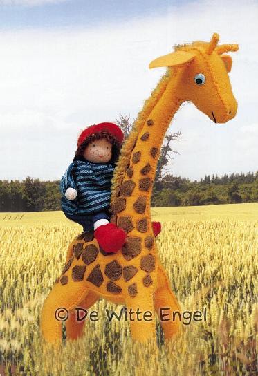 Набор для изготовления вальдорфской игрушки Мальчик на жирафе, 30 смA26800Вальдорфская кукла занимает среди игрушек совершенно уникальное место, потому что она особая педагогическая кукла, предназначенная способствовать гармоничному развитию личности с первых лет жизни. Кукла изготавливается только из натуральных абсолютно безопасных экологически чистых материалов. Набор Мальчик на жирафе позволит создать оригинальную уникальную яркую вальдорфскую игрушку, которая, несомненно, доставит много приятных часов вам и вашим детям.
