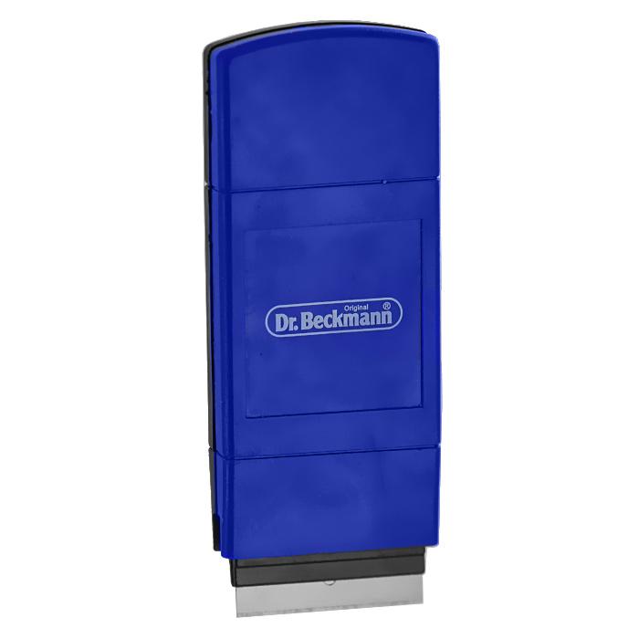 Скребок Dr.Beckmann для чистки стеклокерамических плит4312Скребок Dr.Beckmann облегчает чистку и уход за стеклокерамической плитой без применения абразивных губок. Корпус скребка выполнен из высококачественного пластика, а лезвие из нержавеющей стали. Скребок эффективно и быстро чистит поверхность. Использование такого скребка позволяет сберечь силы и время при уходе за стеклокерамической поверхностью вашей плиты и продлевает срок ее службы. Лезвие скребка выдвигается и закрепляется при помощи специального фиксатора, что обеспечивает безопасность во время использования изделия и его хранении. В комплект входят два запасных лезвия, которые хранятся в специальном отсеке корпуса скребка.