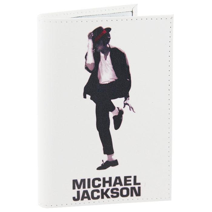 Обложка для паспорта Майкл Джексон. OK062OK062Обложка для паспорта, выполненная из натуральной кожи белого цвета, оформлена изображением Майкла Джексона. Такая обложка не только поможет сохранить внешний вид ваших документов и защитит их от повреждений, но и станет стильным аксессуаром, идеально подходящим вашему образу. Яркая и оригинальная обложка подчеркнет вашу индивидуальность и изысканный вкус. Обложка для паспорта стильного дизайна может быть достойным и оригинальным подарком. Характеристики: Материал: натуральная кожа, пластик. Размер (в сложенном виде): 9,5 см х 14 см. Производитель: Россия. Артикул: OK62.