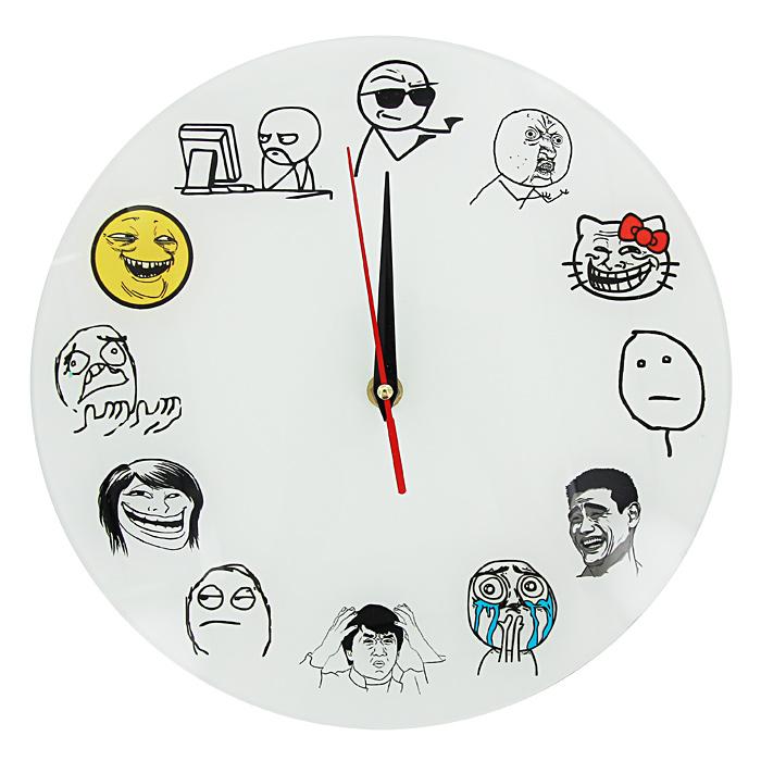 Часы настенные Тролль фейс93383Настенные кварцевые часы Тролль фейс своим необычным дизайном подчеркнут стильность и оригинальность интерьера вашего дома. Циферблат часов выполнен из стекла и оформлен забавными картинками. Часы имеют три стрелки - часовую, минутную и секундную. На задней стенке часов расположена металлическая петелька для подвешивания. Такие часы послужат отличным подарком для ценителя ярких и необычных вещей.