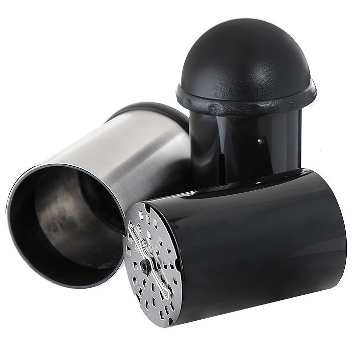 Терка роторная Borner 36101563610156Роторная терка Borner с тремя сменными дисками позволяет легко и быстро приготовить стружку или крошку из твердого сыра, шоколада или орехов. Она изготовлена из высококачественной нержавеющей стали и пластика черного цвета. Диски оснащены острыми лезвиями, которые обеспечивают качественную работу терки. Конструкция легко разбирается для полноценной очистки. Сменные диски хранятся под съемной крышкой в основании терки. Роторная терка Borner являет собой стильный, красивый и оригинальный кухонный аксессуар, чрезвычайно удобный в использовании.