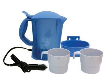 Чайник Kioki, автомобильный, цвет: голубой, 0,8 л, 12В12V20Автомобильный чайник Kioki работает от гнезда прикуривателя 12В. Чайник с удобной ручкой, с фиксируемой крышкой. Имеет удобную подставку на винтах, которая позволяет установить чайник в любом удобном месте, надежно удерживая его во время движения. Резервуар для воды оснащен съемным фильтром, защищающим воду от накипи. В комплект входят две чашки. Чайник выполнен из высококачественного термостойкого пластика. Нагревательный элемент из нержавеющей стали, также имеется световой индикатор включения. Чайник поможет всего за несколько минут получить горячую воду, чтобы приготовить чай, кофе или заварить обед. Такой чайник может стать отличным подарком для любого автомобилиста! Характеристики: Материал: пластик. Высота чайника: 19,5 см. Объем: 0,8 л. Длина шнура: 1,2 м. Напряжение: 12В. Мощность: 120 Ватт. Производитель: Китай. Артикул: 12V20.