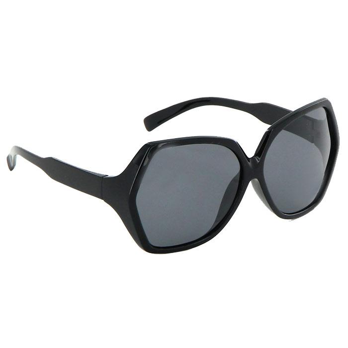 Солнцезащитные очки Pro Vision, женские, цвет: черный. DC220147GDC220147GСолнцезащитные поляризационные женские очки Pro Vision - это произведение искусства, которое имеет полезное практическое применение в жизни. Не стоит обращать внимание только на внешний вид очков, следует пристально присмотреться к их главной характеристике - степени защиты от солнечных лучей. Именно от этого показателя зависит здоровье ваших глаз. Основные особенности очков Pro Vision: Не пропускают ультрафиолетовое излучение, которое крайне вредно для глаз; Способствуют улучшению цветоразличения даже в неспокойную погоду; Повышают контрастность зрения. Надев эти очки, вы сможете четко видеть пространство впереди себя. Оправа очков легкая и не создает никакого дискомфорта. Цвет линз - черный, оправа - черная.