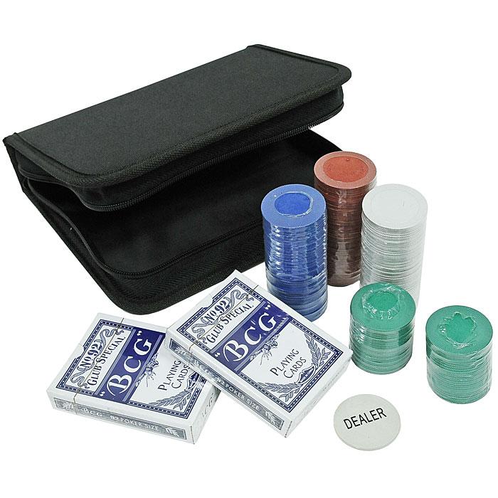 Набор для покера Perfecto Texas Holdem Poker Set, походный, размер: 19х20х5. DPC-200BDPC-200BНабор для игры в покер Texas Holdem Poker Set- то, что нужно для отличного проведения досуга. Набор состоит из двух колод игральных карт, 200 игровых пластиковых фишек и 1 фишки Dealer. Набор фишек состоит из 50 фишек красного цвета, 50 фишек синего цвета, 50 фишек зеленого цвета, 50 фишек белого цвета. Фишки выполнены без указания номинала. Предметы набора хранятся в удобной сумочке на застежке молнии. Такой набор станет отличным подарком для любителей покера. Покер (англ. poker) - карточная игра, цель которой - выиграть ставки, собрав как можно более высокую покерную комбинацию, используя 5 карт, или вынудив всех соперников прекратить участвовать в игре. Игра идет с полностью или частично закрытыми картами. Покер как карточная игра существует более 500 лет. Зародился он в Европе: в Испании, Франции, Италии. С течением времени правила покера менялись. Первые письменные упоминания о современном варианте покера появляются в 1829 году в мемуарах артиста Джо...