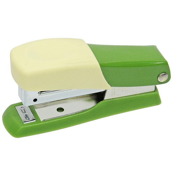 Мини-степлер Fusion, для скоб № 10, цвет: зеленый, желтыйIFS705GN/YLСтеплер можно найти практически в каждом офисе и доме. Мини-степлер Fusion с вертикальной загрузкой скоб прошивает до 10 листов бумаги. Эргономичный корпус выполнен из пластика с резиновой накладкой для удобного применения. Мини-степлер Fusion вмещает до 50 скоб размером №10. Характеристики: Размер степлера: 8 см х 2,5 см х 4 см. Материал: пластик, металл, резина. Размер упаковки: 8 см х 3,5 см х 4 см.
