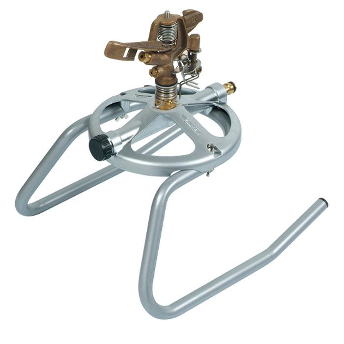 Дождеватель Boutte, круговой, на санях2172557Круговой дождеватель Boutte обеспечит равномерный полив садового участка. Он представляет собой прочную конструкцию, выполненную из высококачественного металла. Дождеватель совершает вращение вокруг себя, поэтому распыление воды происходит на 360°, также возможна настройка частичного полива участка. Насадка оснащена двумя разбрызгивателями. Благодаря специальным саням дождеватель легко устанавливается на грядках. При необходимости переставить дождеватель на другое место, достаточно потянуть за шланг и он передвинется.