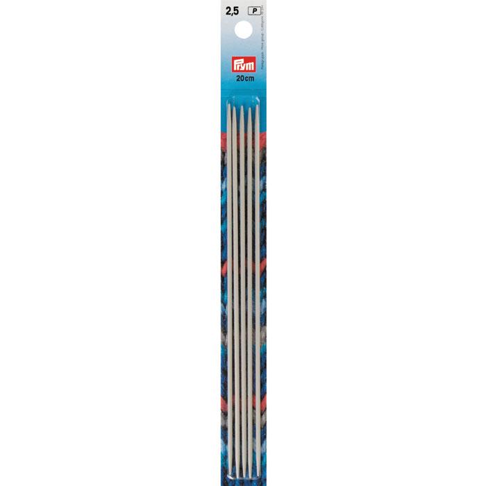 Спицы Prym металлические чулочно-носочные, цвет: жемчужно-серый, диаметр 2,5 мм, 5 шт191488Спицы Prym имеют жемчужно-серое покрытие, благодаря которому петли хорошо скользят по поверхности спиц. Спицы прочные, легкие, гладкие, удобные в использовании. Кончики спиц закругленные. Металлические спицы без ограничителей предназначены для вязания шапочек, варежек и носков. Вы сможете вязать для себя, делать подарки друзьям. Рукоделие всегда считалось изысканным, благородным делом. Работа, сделанная своими руками, долго будет радовать вас и ваших близких.