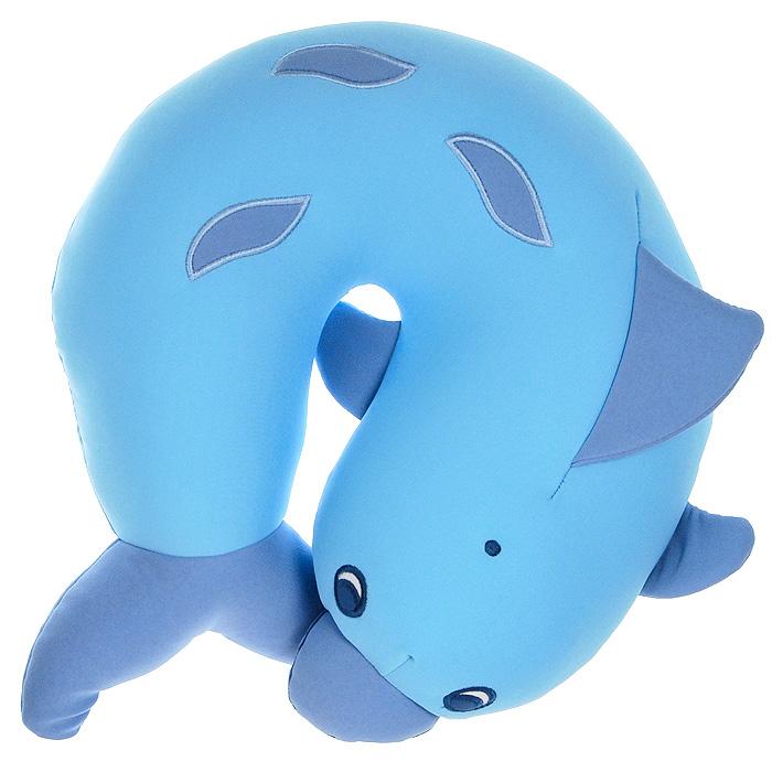 Подушка-подголовник Дельфин, 30 смMT-H121175Подушка-подголовник Дельфин привлечет внимание каждого и станет отличным подарком. Главное достоинство подушки - это осязательный массаж, приятный, полезный и антидепрессивный. Внешний материал - гладкий, эластичный и прочный трикотаж. Наполнитель: гранулы полистирола - крохотные шарики диаметром меньше миллиметра.