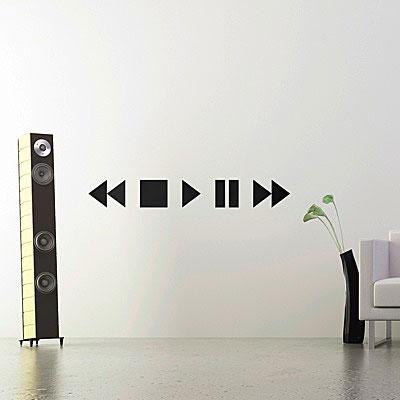 Стикер Paristic Stop Play Pause, цвет: черный, 15 х 110 смLD 1003Стикер Paristic Stop Play Pause - это уникальная возможность создать неповторимый индивидуальный облик интерьера вашего дома. Стикер, изображающий кнопки прокрутки звука на аудиосистеме, выполнен из матового винила - тонкого эластичного материала, который хорошо прилегает к любым гладким и чистым поверхностям, легко моется и держится до семи лет, при снятии не оставляет следов. Такой оригинальный элемент декора придаст интерьеру креативность и новое настроение и станет великолепным украшением, притягивающим заинтересованные взгляды окружающих. В комплекте со стикером предусмотрена подробная инструкция по наклеиванию (на русском языке).