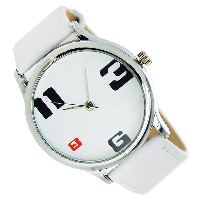 Часы Mitya Veselkov 3-6-8-11. MV.White-19MV.White-19Наручные часы Mitya Veselkov 3-6-8-11 созданы для современных людей. Часы оснащены японским кварцевым механизмом. Ремешок выполнен из натуральной кожи белого цвета, корпус изготовлен из стали серебристого цвета. Циферблат оформлен изображением цифр 3-6-8-11.