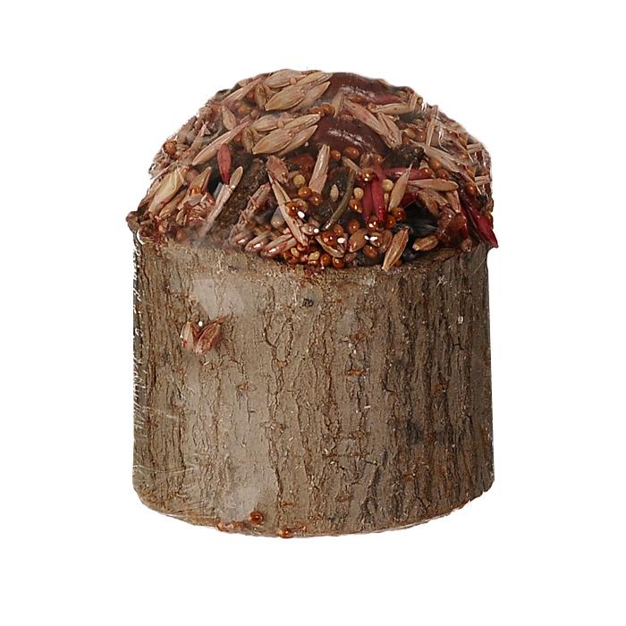 Лакомство для мелких грызунов Triol Криспи, в пеньке, с фруктами, 70 гКф-16600Питательное лакомство для грызунов Triol Криспи с медом и фруктами порадует морскую свинку, хомячка или шиншиллу, крысу или мышку и разнообразит их ежедневный рацион. Содержит высококачественные злаки, сухофрукты, ароматные луговые травы, обогащено витаминами для здоровья и жизненного тонуса. Лакомство находится внутри пенька из натурального дерева лиственных пород. После того, как оно будет съедено, пенечек можно оставить как украшение, использовать как кормушку или его можно использовать просто для стачивания зубов. Состав: ячмень, овес, семя подсолнуха, арахис, мед, сухофрукты, просо, луговые травы, йод в легко усвояемой форме, витамины А, В, В2, D, PP, пшеница, пищевые скрепляющие добавки, дерево. Вес: 70 г. Товар сертифицирован.