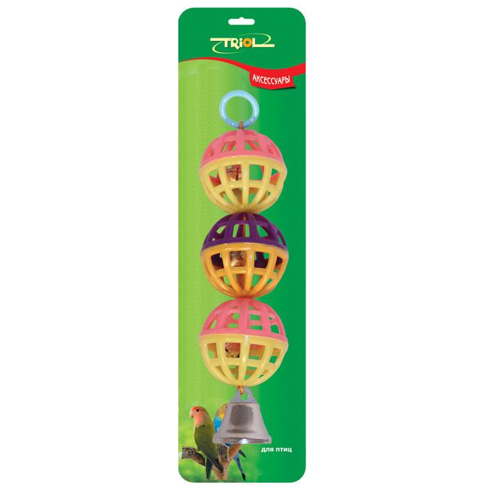 Погремушка для птиц TriolBR12Погремушка для птиц Triol, выполненная из пластика, представляет собой три соединенных сетчатых шарика с колокольчиками внутри. Такая погремушка не даст скучать вашему питомцу. Она подвешивается на клетку за металлический крючок. Диаметр шарика - 4 см, длина погремушки - 15 см. УВАЖАЕМЫЕ КЛИЕНТЫ! Обращаем ваше внимание на возможные изменения в дизайне товара, связанные с ассортиментом продукции. Поставка осуществляется в зависимости от наличия на складе.