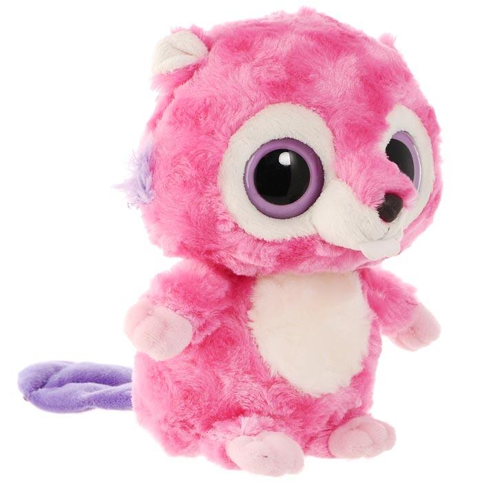 Мягкая игрушка Aurora Бобер, 20 см65-214Очаровательная мягкая игрушка Бобер, выполненная в виде героя известного детского мультфильма Юху и друзья (YooHoo & Friends), вызовет умиление и улыбку у каждого, кто ее увидит. Она станет замечательным подарком, как ребенку, так и взрослому. Игрушка удивительно приятна на ощупь, а специальные гранулы, используемые при ее набивке, способствуют развитию мелкой моторики рук малыша. Мягкая игрушка может стать милым подарком, а может быть и лучшим другом на все времена.