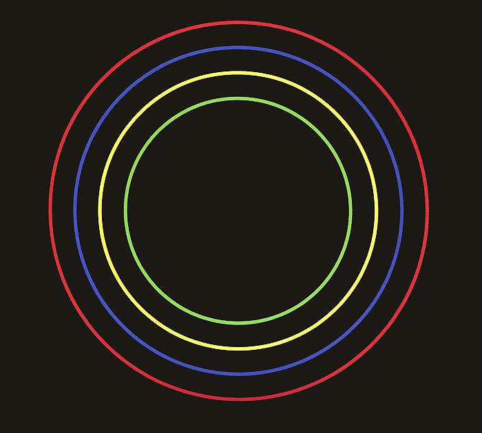 Издание содержит 32-страничный буклет с фотографиями и текстами песен на английском языке.