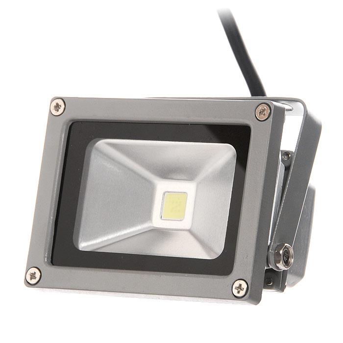 Прожектор светодиодный Luck & Light, цвет: серый, 10WLF10WgreyСветодиодный прожектор Luck & Light, изготовленный из алюминия, прекрасно подойдет для архитектурной подсветки зданий, рекламной подсветки, ландшафтного освещения, подсветки витрин и экспозиций, освещения спортивных сооружений и объектов. Корпус прожектора серого цвета выполнен из алюминия. Прожектор крепится при помощи металлической рамы с регулировкой наклона. Преимущества светодиодного прожектора Luck & Light: - долгий срок службы светодиодов значительно снижает затраты на обслуживание прожекторов; - значительная экономия электроэнергии по сравнению с другими типами прожекторов; - прочный пыле-влагозащитный алюминиевый корпус, компактный размер; - широкий диапазон рабочих температур; - отсутствие УФ-излучения. Руководство по эксплуатации на русском языке прилагается.