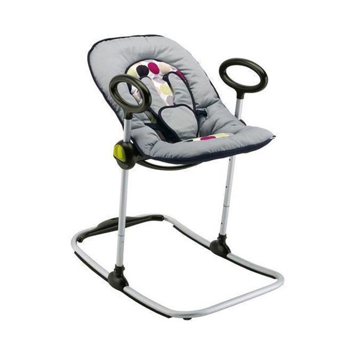 Шезлонг Bouncer Up&Down, цвет: черно-серый912111Шезлонг Bouncer Up&Down позволяет ребенку в полной мере участвовать в жизни дома и стать еще ближе к своим родителям. Отличительная особенность кресла - это удобство в использовании: четыре регулируемых позиции высоты, микрошарики, возможность использования шезлонга как качалку, съемный комфортный матрасик с фиксатором головы, ремень безопасности, изменение функций с системой блокировки. Спинка легко регулируется и имеет три положения: от положения лежа, до положения сидя Чехол матрасика можно снимать и стирать в стиральной машине.