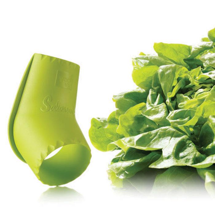Устройство VacuVin Salad Cutter для разрезания салата, цвет: салатовый4754660Устройство VacuVin Salad Cutter, выполненное из пластика, всего за несколько секунд поможет вам отделить сердцевину от салата-латука, после чего вы сможете с легкостью использовать листья. Устройство легко отделяет салатные листья, оставляя меньше отходов. Просто поместите круглый конец ножа на сердцевину кочанного салата, и с усилием вкручивайте его по часовой стрелке, чтобы отделить сердцевину от листьев. Для срезания нескольких листьев поместите узкую часть ножа рядом с сердцевиной и надавите. Характеристики: Материал: пластик. Размер ножа: 11 см х 6 см х 6 см. Размер упаковки: 22 см х 13 см х 6 см. Производитель: Нидерланды. Артикул: 4754660.