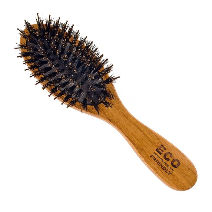 Расческа массажная Salon Professional. 339-76212339-76212Расческа деревянная массажная Salon Professional с натуральной щетиной предназначена для расчесывания волос и массажа кожи головы. Расческа обладает улучшенным массажным эффектом и стимулирует рост волос. Расположенные специальным образом пучки щетины различной длины и жесткости, обеспечивают бережный уход за волосами. Характеристики: Материал: дерево, щетина, пластик. Длина расчески: 17,5 см. Длина зубцов: 1,8 см. Производитель: Германия. Артикул: 339-76212. Товар сертифицирован.
