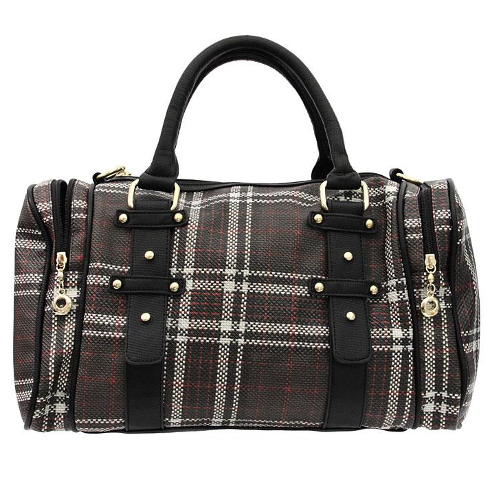 Сумка женская Fancy Bag. 7004-047004-04 черныйСтильная сумка Fancy bag выполнена из искусственной кожи с клетчатым рисунком в коричнево-бело-красных тонах. Сумка имеет одно отделение, закрывающееся на застежку-молнию. Внутри - вшитый карман на застежке-молнии и два накладных кармана для мобильного телефона и прочих мелочей. На задней стенке сумки расположен вшитый карман на застежке-молнии. Сумка оснащена плечевым ремешком регулируемой длины. В комплекте чехол для хранения. Этот стильный аксессуар станет великолепным дополнением вашего образа. Характеристики: Материал: искусственная кожа, текстиль, металл. Размер сумки (без учета ручек): 40 см х 29 см х 9 см. Высота ручек: 15 см. Артикул: 7004-04.