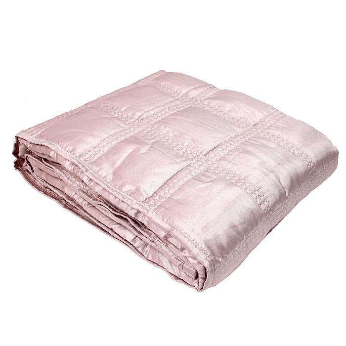 Покрывало стеганое Коллекция, цвет: розовый, 220 х 240 смПС-54розСтеганое покрывало Коллекция выполнено из полиэстера и оформлено фигурной стежкой. Покрывало Коллекция - это отличный способ придать спальне уют и привнести в интерьер что-то новое. Покрывало вложено в пластиковую сумку.