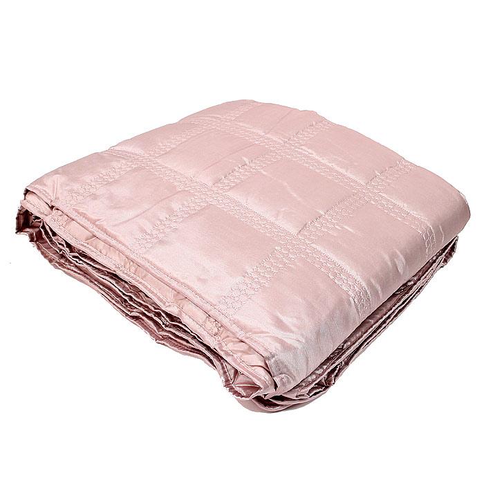 Покрывало стеганое Коллекция, цвет: розовый, 180 см х 220 смПС-44розСтеганое покрывало Коллекция выполнено из полиэстера и оформлено фигурной стежкой. Покрывало Коллекция - это отличный способ придать спальне уют и привнести в интерьер что-то новое. Покрывало вложено в пластиковую сумку.