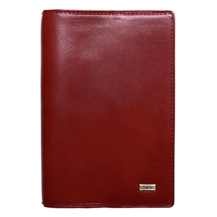 Обложка для документов Edmins, цвет: красный. 1424 ML1424 ML ED redОбложка для документов Edmins выполнена из натуральной матовой кожи красного цвета. Внутри содержит блок из прозрачного пластика для водительских документов, отделение для паспорта, вертикальный карман для бумаг из кожи, шесть наборных кармашков для визиток и кредитных карт и карман с окошком из прозрачного пластика. Такая обложка станет отличным подарком для человека, ценящего качественные и необычные вещи. Обложка упакована в фирменную коробку с логотипом. Характеристики: Материал: натуральная кожа, пластик, текстиль. Размер обложки: 9,5 см х 15 см х 1,5 см. Цвет: красный. Размер упаковки: 16,5 см х 11 см х 2,5 см. Артикул: 1424 ML.